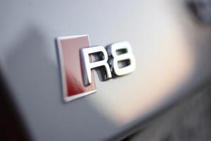 Audi-R8-Logo