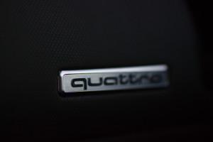 Audi-R8-Quattro-Logo