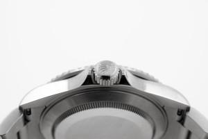 Rolex-Submariner-Date-Krone---Luxury-Motors