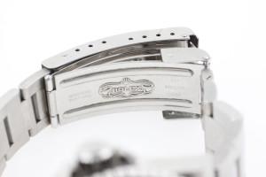 Rolex-Submariner-Date---Luxury-Motors-Verschlussboden