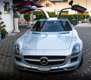 Luxury-Motors-SLS-AMG
