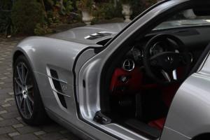 Mercedes-SLS