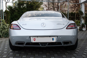 Mercedes-SLS-AMG-Luxury-Motors