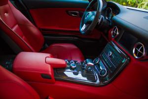 Mercedes-SLS-AMG-interior