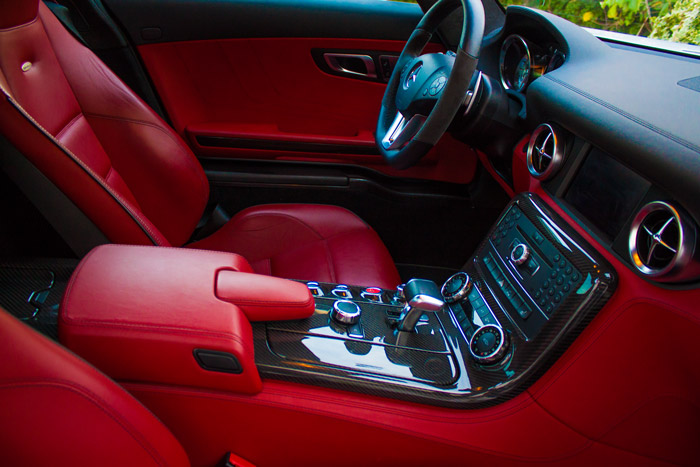 Mercedes-Benz SLS AMG - Sportwagen Blog