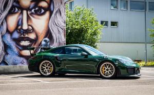 Porsche-GT2-RS-Grün