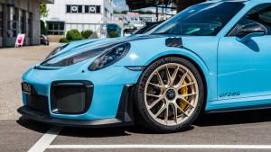 Porsche-GT2-RS-blue