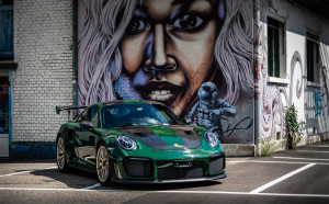 Porsche-GT2-RS-green