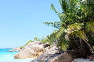 Raffles-Hotel-Praslin-Seychelles-Beach-Rock