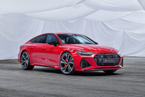 Audi-RS7-2020-front