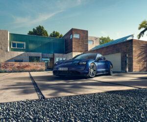 Porsche-Taycan-blue
