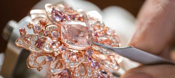 Padparadscha Saphir – ein besonderer Edelstein in einer exklusiven Farbe