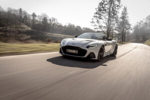DBS_Superleggera_Volante