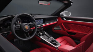 Porsche-911-Turbo-S-interior