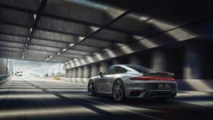 Porsche-Turbo-S-2020