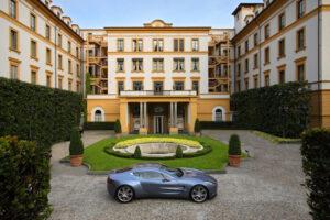 Aston-Martin-one-77-villa-2